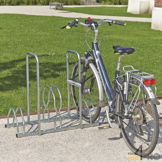 Râtelier au sol 3 vélos 2 niveaux + 2 arceaux antivol