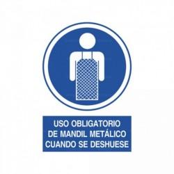 Señal Uso obligatorio de mandil metálico cuando se deshuese